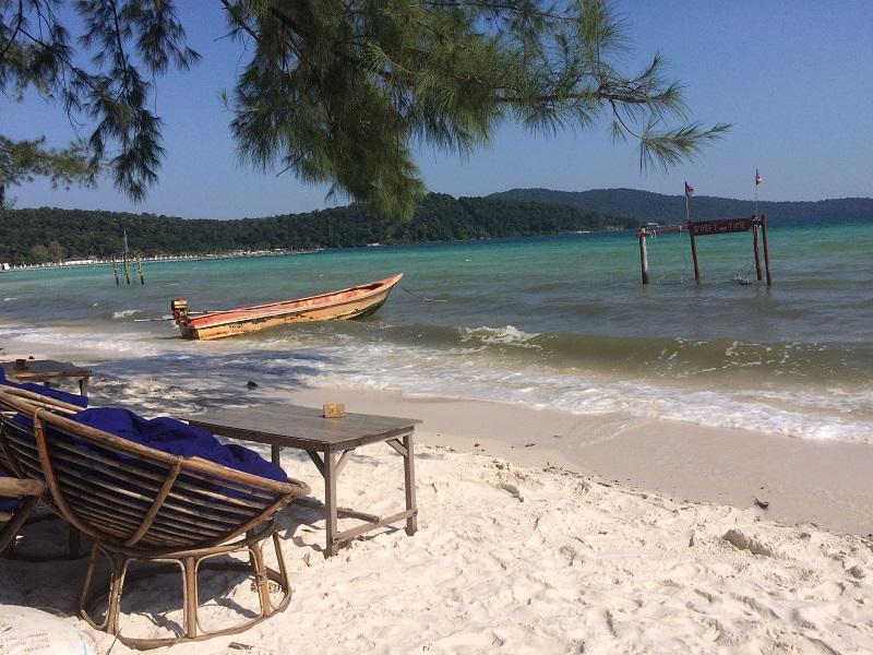 Unsere Aussicht von der Veranda - Mehr wollen wir euch vom Saracen Bay nicht zeigen! War voll zugemüllt und zu touristisch!