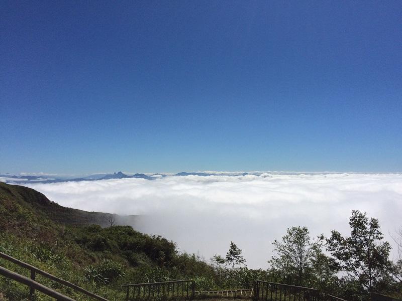 Fahrt nach Luang Prabang mit einem Stopp über den Wolken!