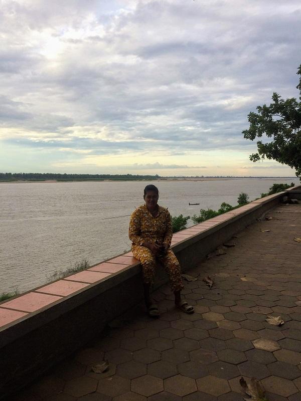 In Kambodscha wird morgens, mittags und abends ein Pijama getragen! ;-)
