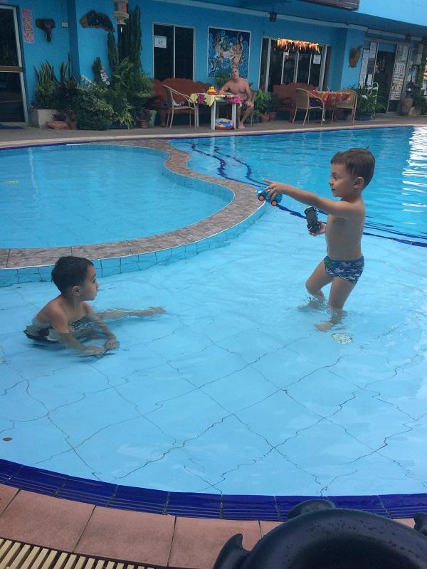 @Sananwan mit Matthew spielen