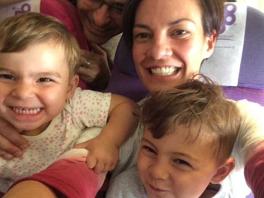 Im Flieger nach Bangkok...
