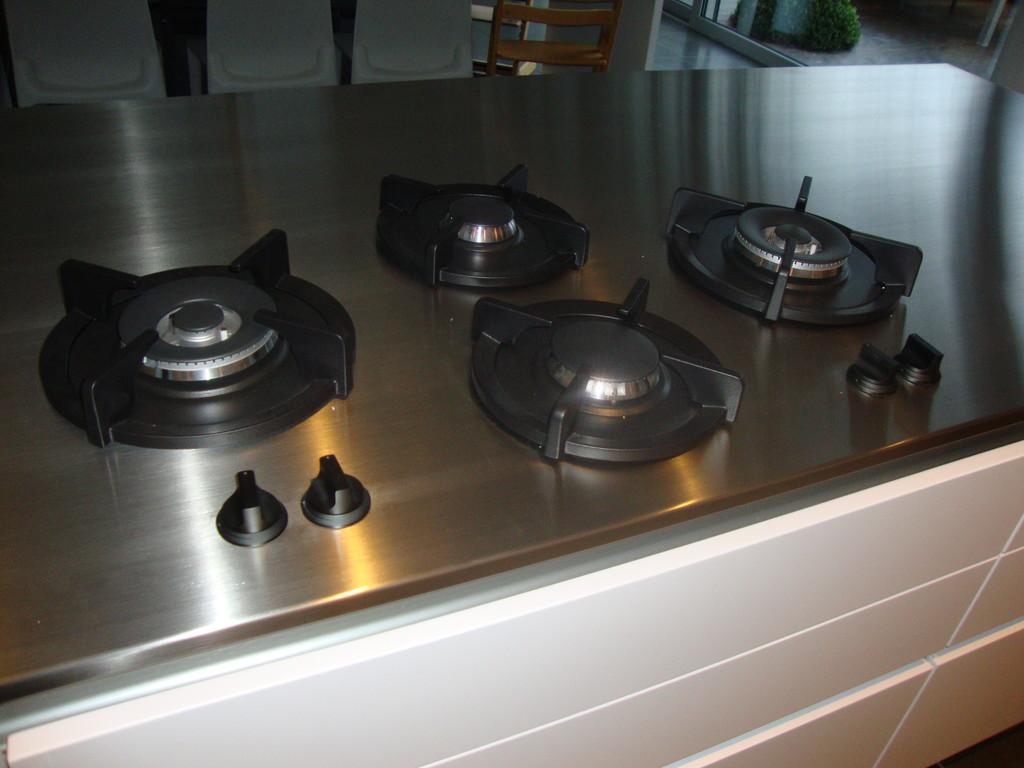 pitt-cooking gasbranders ingebouwd in inox werkblad