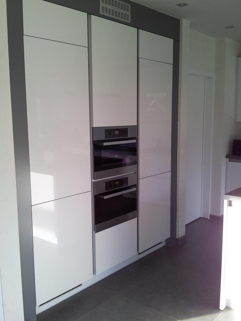 keuken met hoogglans fronten krasbestendig, Miele toestellen