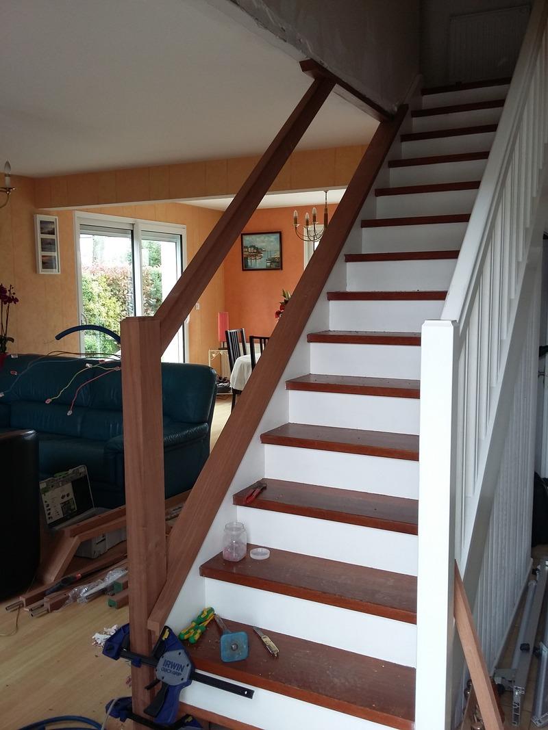 rénovation escalier création main courante ebeniste menuisier Morbihan Vannes Elven