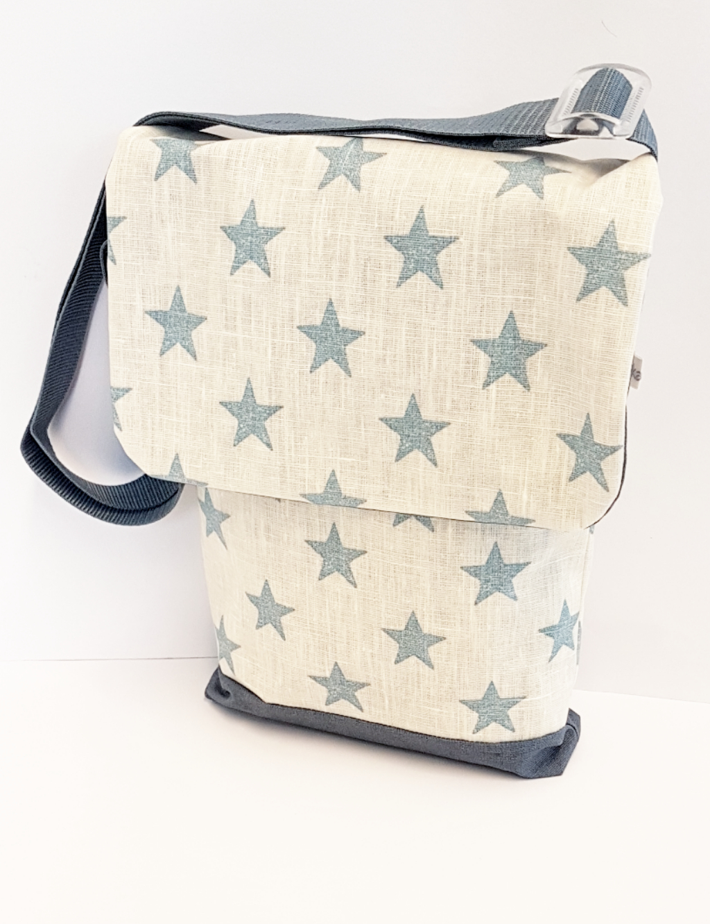 Kindertasche, Verkauft