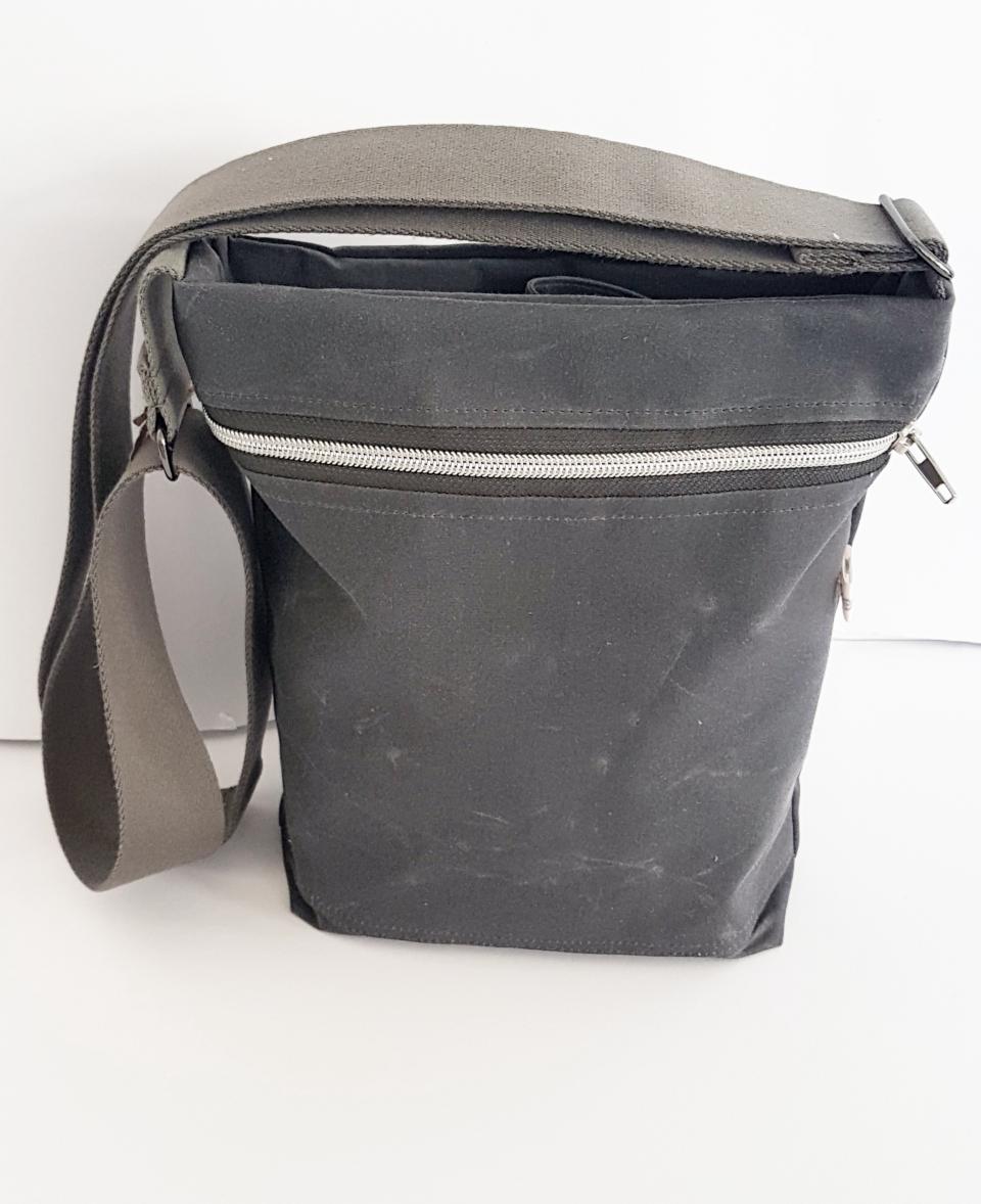 Tasche klein Oilskin grau