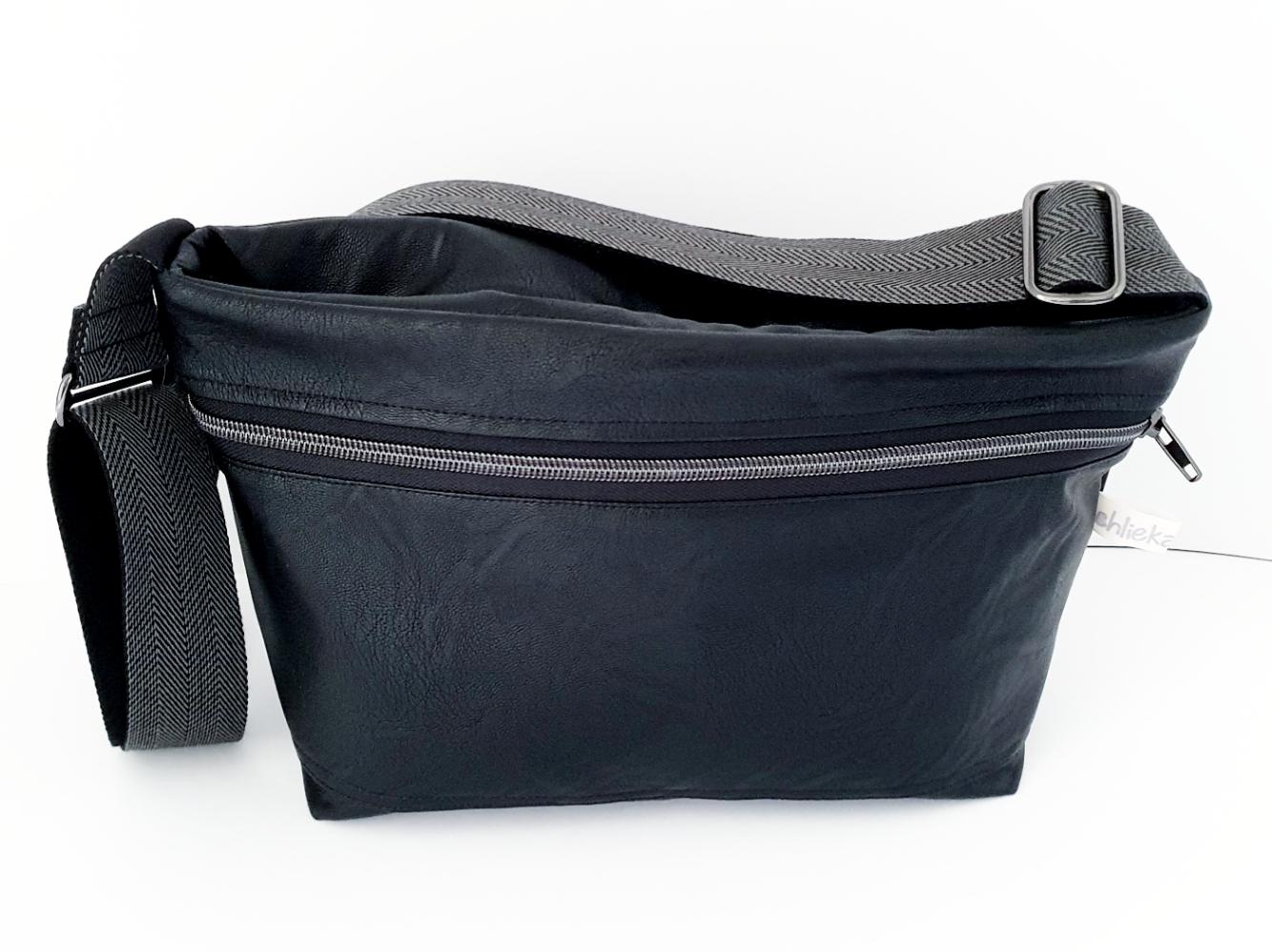 Tasche quer weiches Kunstleder schwarz, verkauft