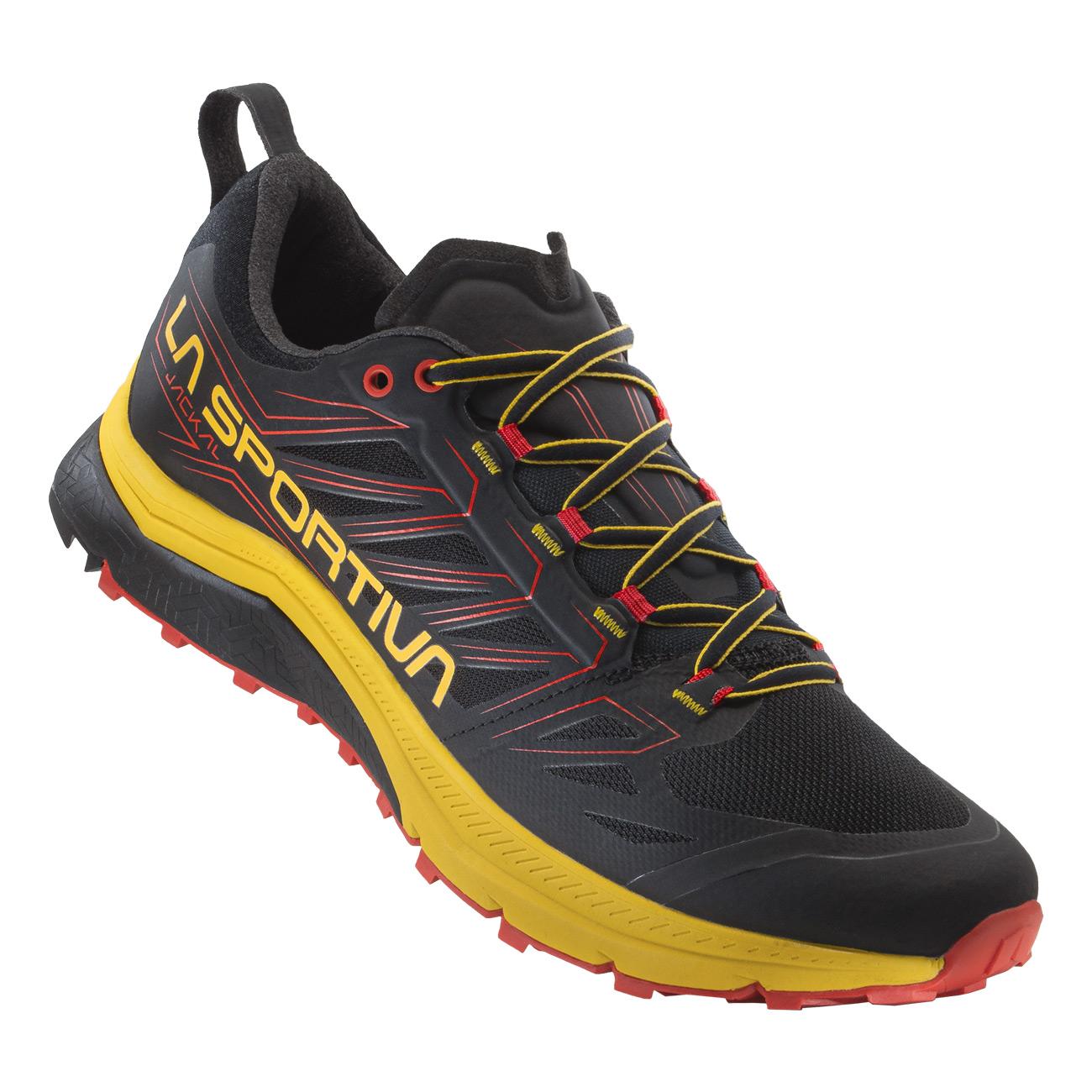 Jackal - Mountain Running Schuh für den off-road-Lauf auf ultralangen und mittleren Distanzen. Jetzt bei SportBeck.