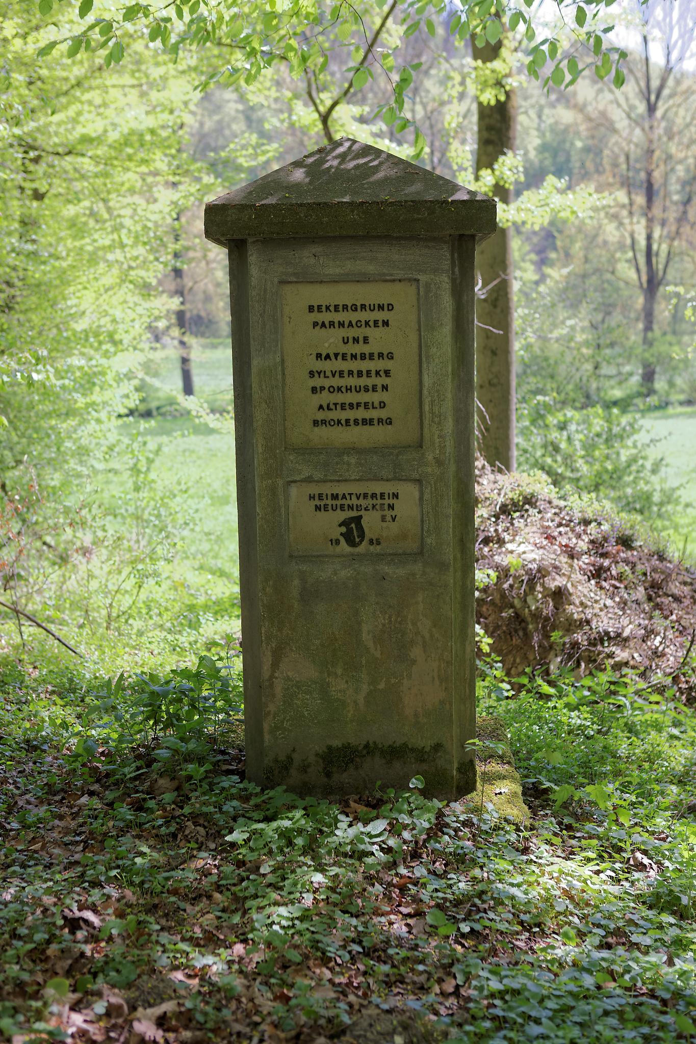 Gedenkstein am PB-Höhenweg