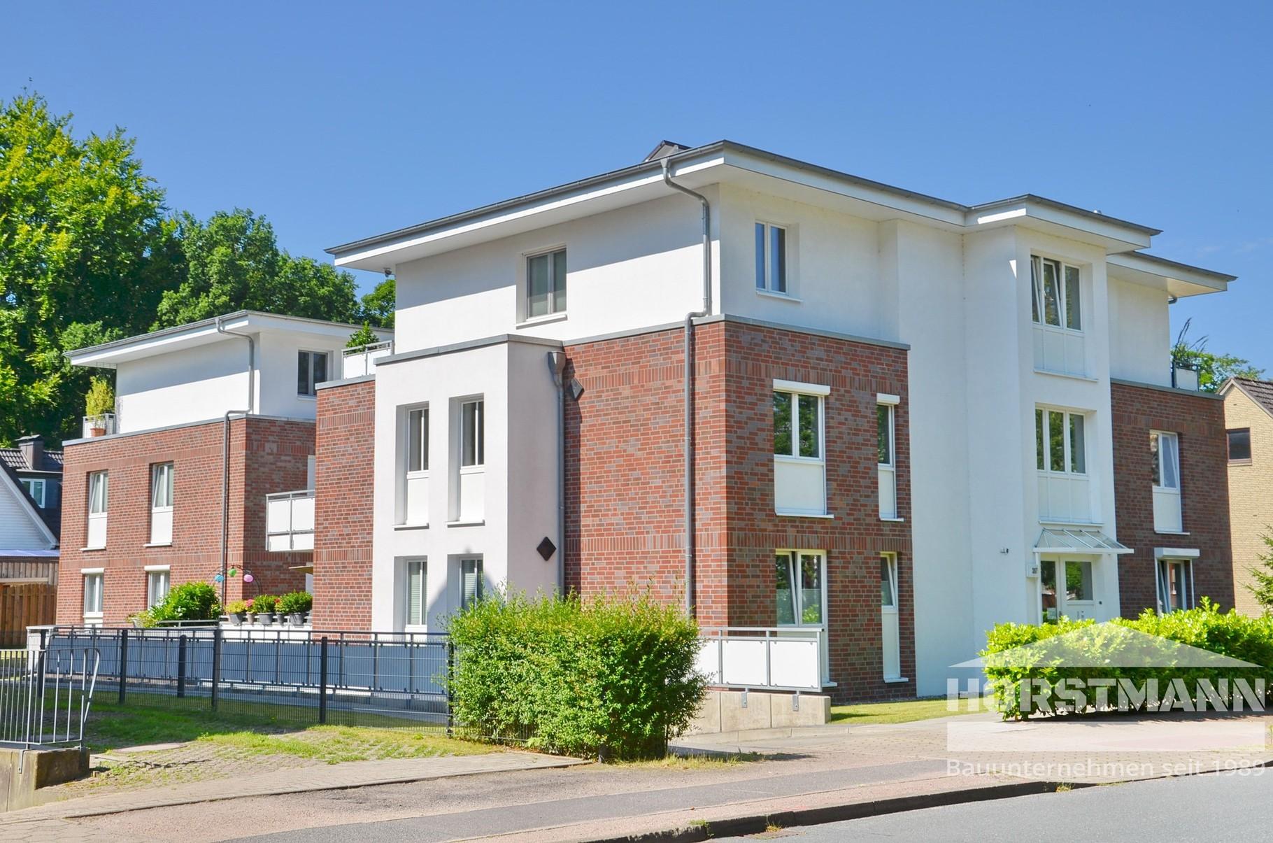 Mehrfamilienhaus - Hamburg-Rissen - Baujahr 2010 - 8 Wohneinheiten
