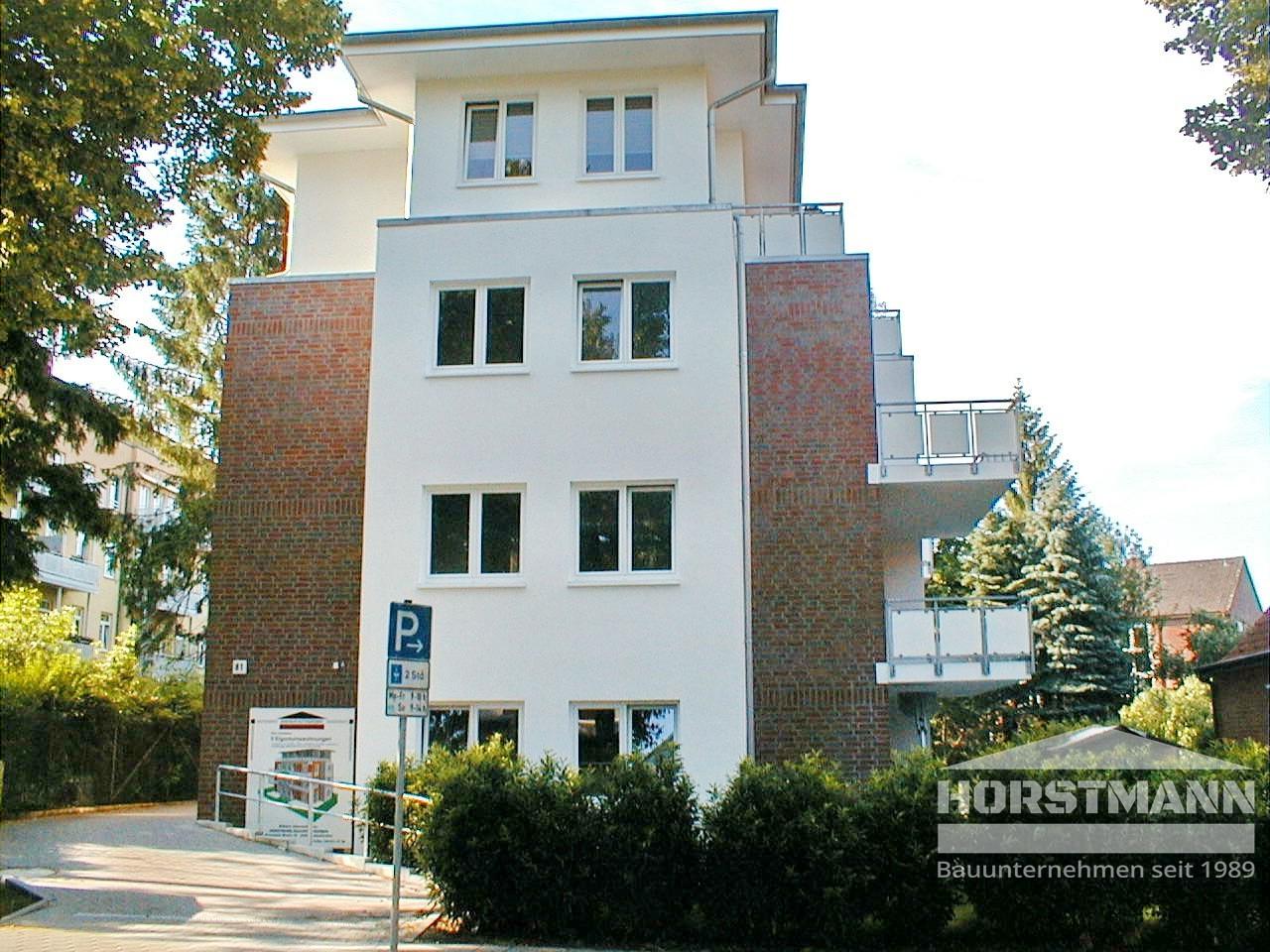 Mehrfamilienhaus - Hamburg-Rahlstedt - Baujahr 2007 - 7 Wohneinheiten