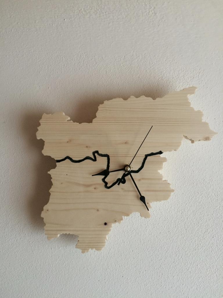 Orologio Trentino Alto Adige con la posizione di Folgaria
