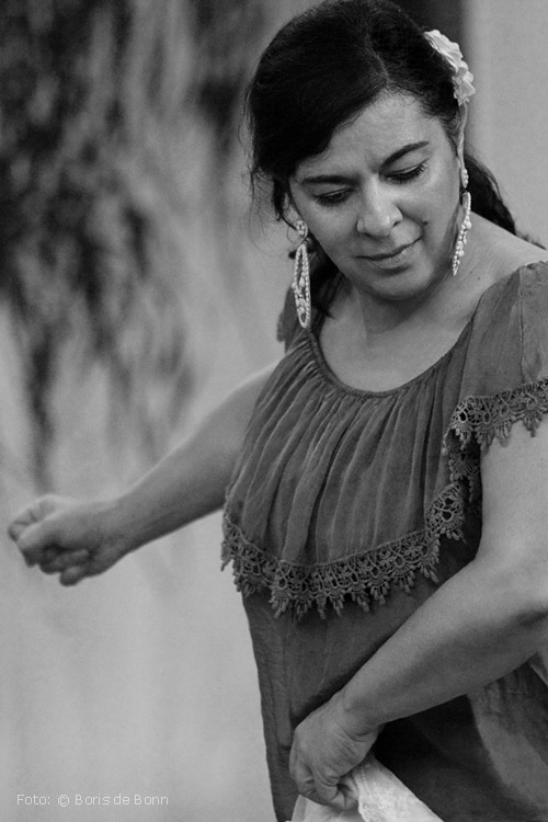 "Bailaora Rosa Martínez in ""Feurige Momente"" / © Boris de Bonn"