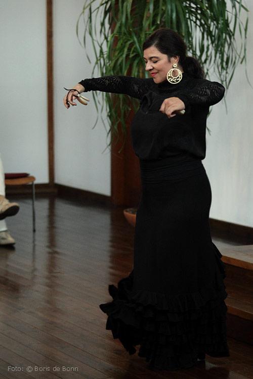 "Flamenco-Tänzerin Rosa Martínez in ""Feurige Momente"" / Color-Foto by Boris de Bonn"