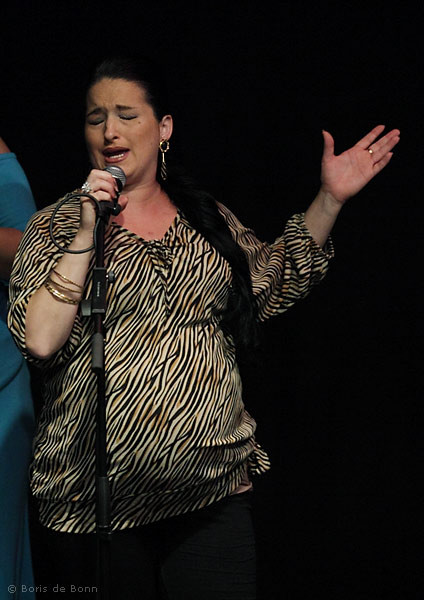Überraschungsauftritt der hochschwangeren Flamenco-Sängerin Lidia (por Tangos)