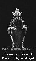 """Titelfoto zur Fotoausstellung """"Esencias flamencas"""" von Boris de Bonn; Rückansicht von Miguel Ángel, Flamencotänzer u. Bailarín/SW-Foto by Boris de Bonn"""