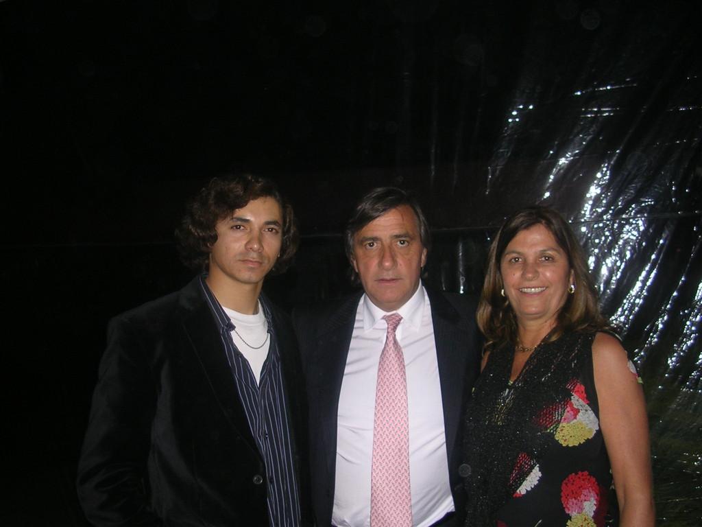 Con el kike y su señora.