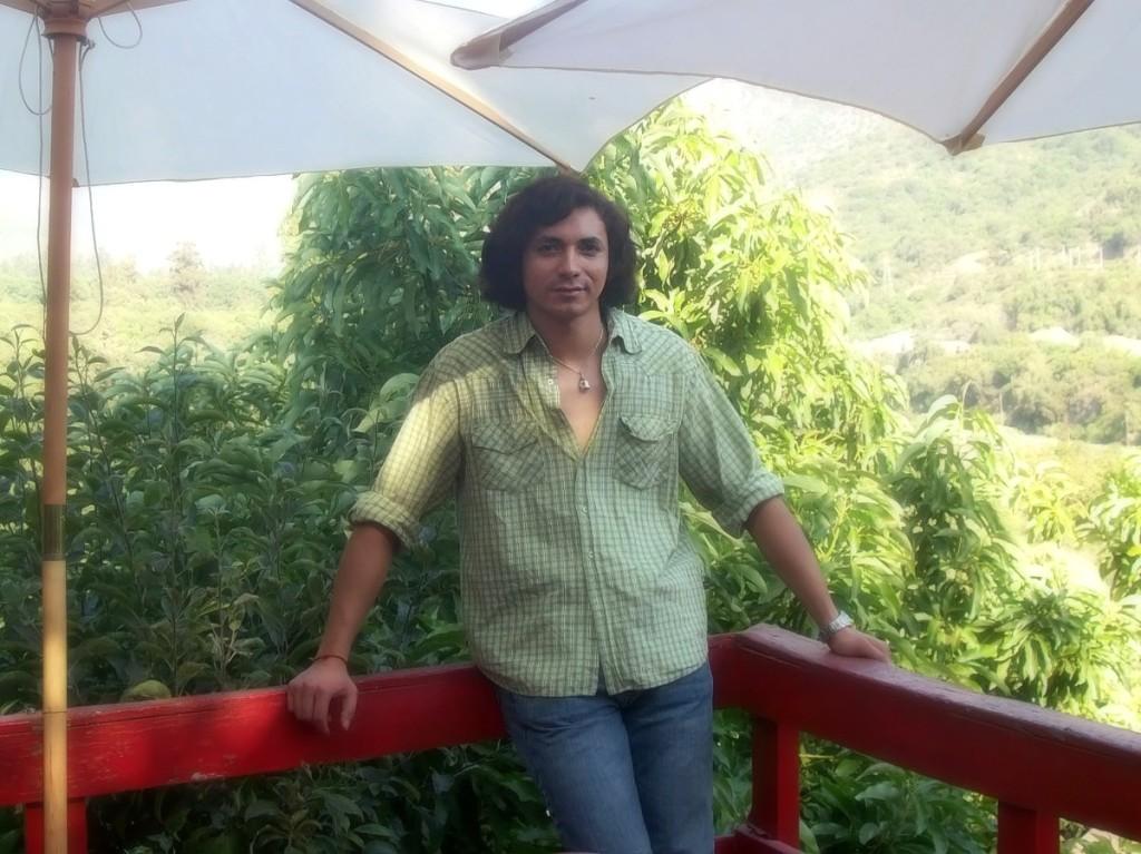 la naturaleza y estar en contacto con ella me hacen muy bien, me gusta mucho un buen aire que limpie mis pulmones...