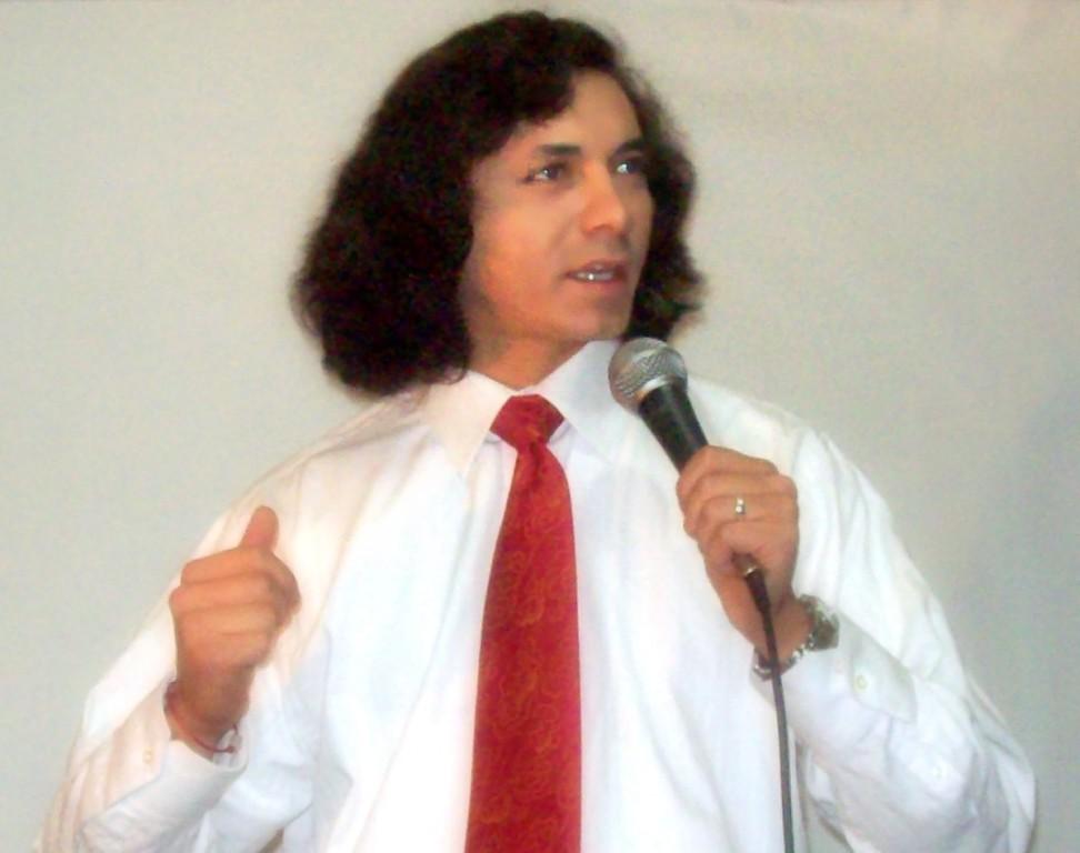 cantar siempre me hace bien y cuando lo hago frente a mi publico entrego todo de mi...