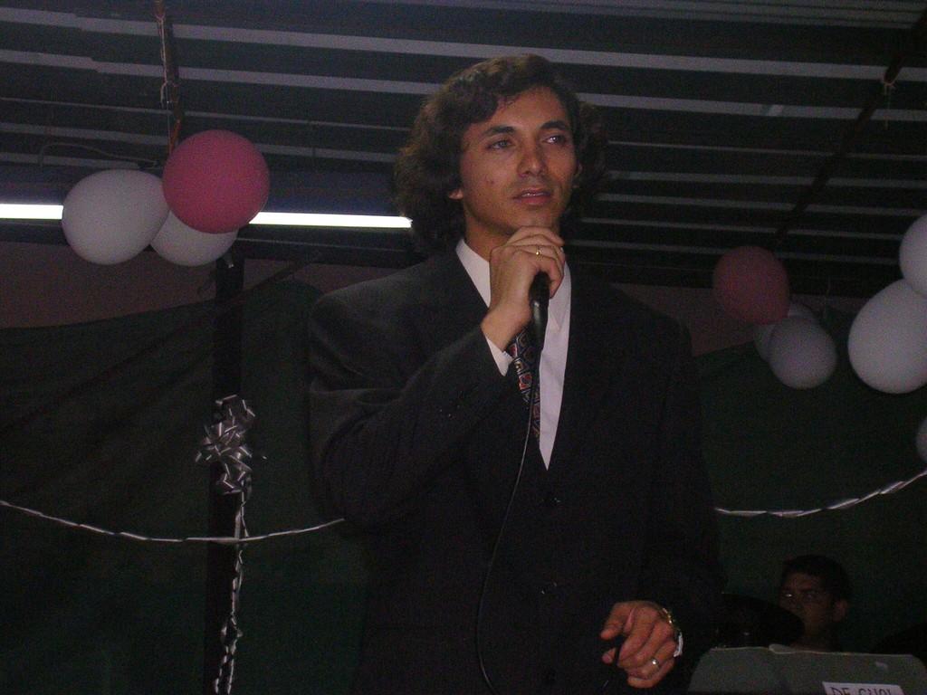 """cantando con musica en vivo de mi ex grupo """"De Cual"""""""