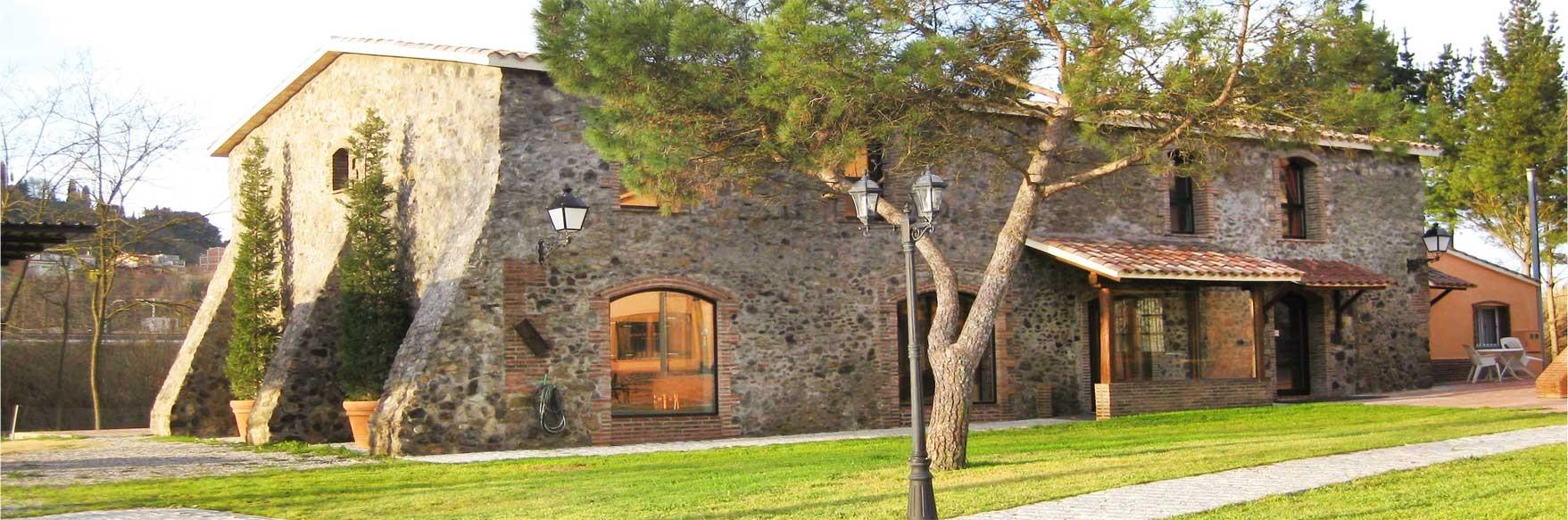 Entrada a la Casa de Pedra