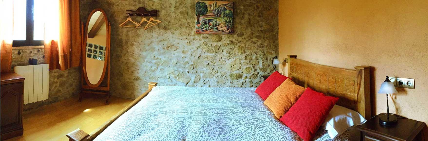 El Pou, con cama de matrimonio