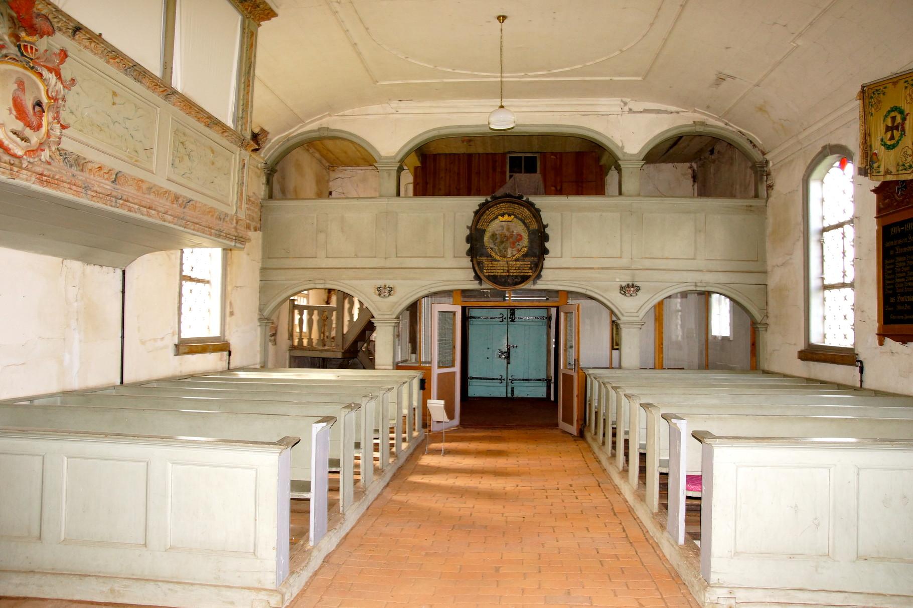 In der Kirche von Ahrensberg