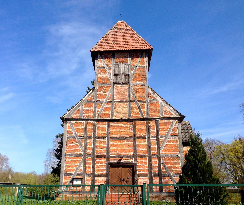 Kirche im Ferienort Ahrensberg