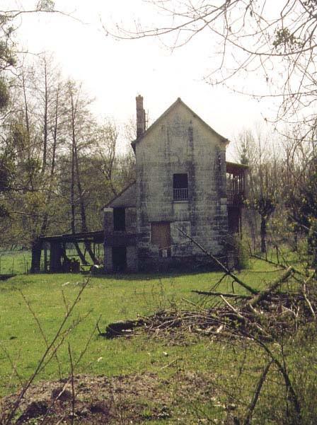 L'un des bâtiments du Moulin qui n'existait pas en 1834.