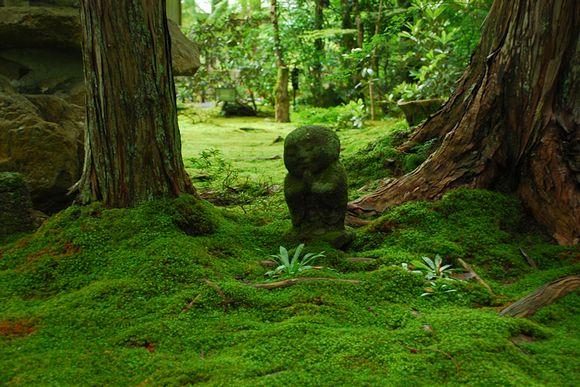 京都・三千院 わらべ地蔵