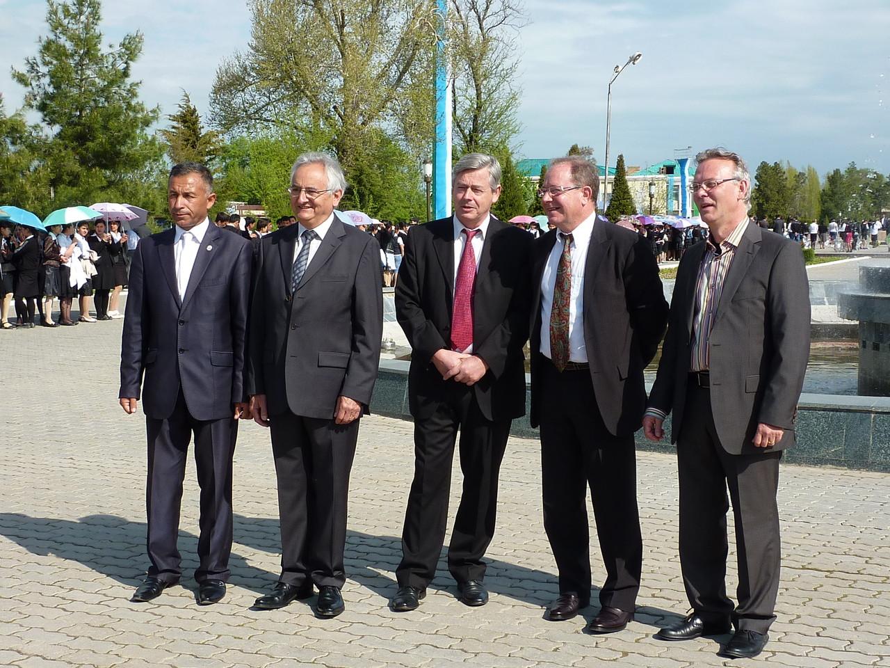 Quelques membres de la délégation franco-ouzbèke (Socra, 2012)
