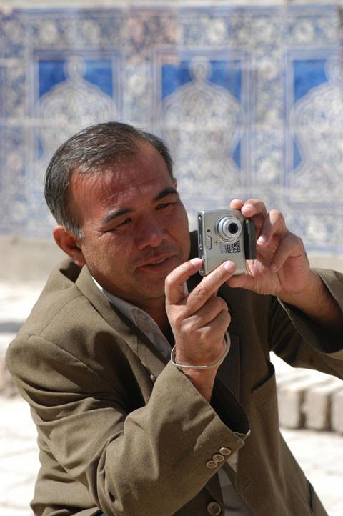 Nabi Olimovich Xushvaqtov, le directeur du musée Amir Temur de Shahrisabz (photo : M.Schvoerer, 2008)