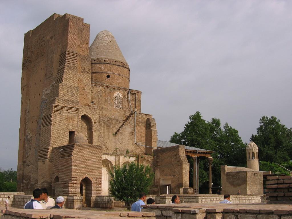 Il ne reste que peu de choses du tombeau de Jahangir, fils préféré de Timur (photo : C.Ollagnier, 2007)