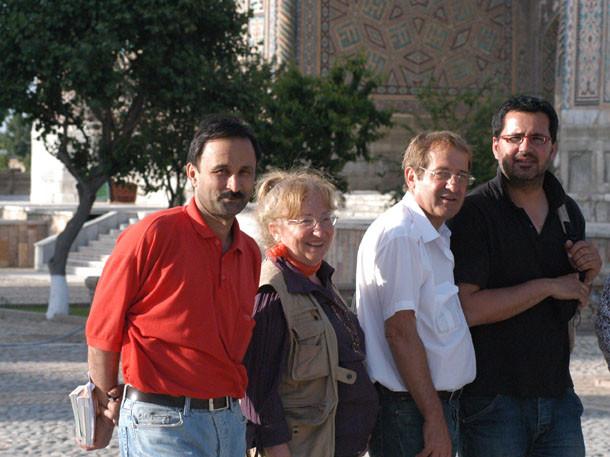 Une partie de l'équipe en 2007. De G à D : Babour Aminov, Marie-Thérèse Nuyts-Lavialle, Pierre Bergoin et Richard Boyer (photo : M.Schvoerer, 2007)