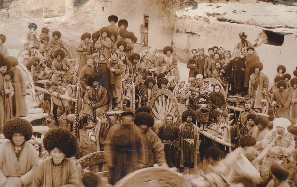 Photographie de la vie quotidienne à Khiva (probablement fin du XIXème s ap J.C.) Musée de l'Ancien Khorezm (photo : M.Schvoerer, 2008)