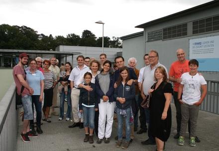 Liberaler Familienausflug auf die Staumauer am Essener Baldeneysee.