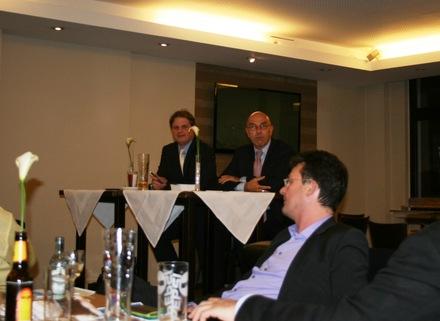 Ralf Witzel MdL auf dem Podium mit Werner Weskamp.