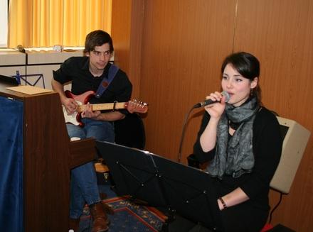 Die Nachwuchstalente Simon Harscheidt und Viktoria Küpper begeisterten mit ihrer beeindruckenden Darbietung das Publikum.