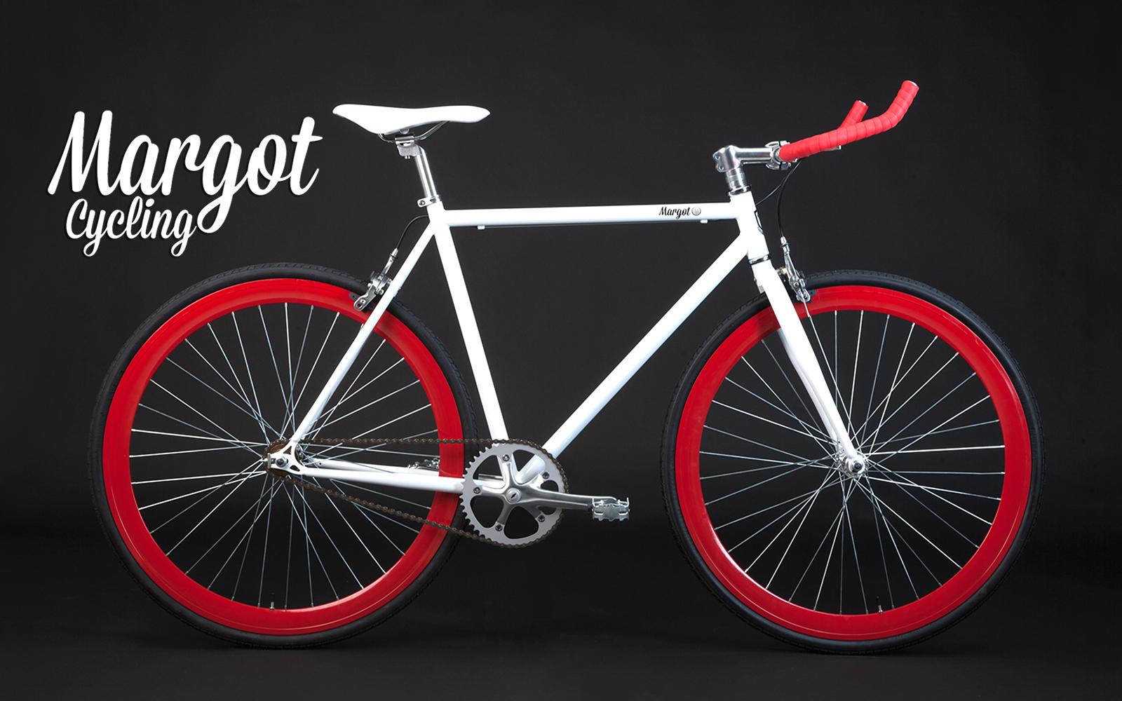 La bici fissa BULLHORN con il suo bianco e rosso. Davvero irresistibile.