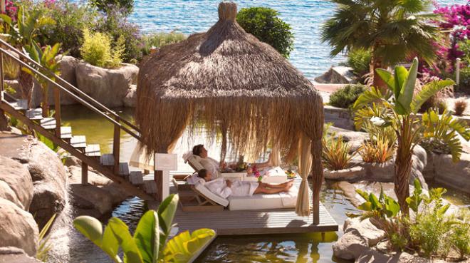Yoga direkt am Meer im Sianji Wellbeing Resort Bodrum, Türkei