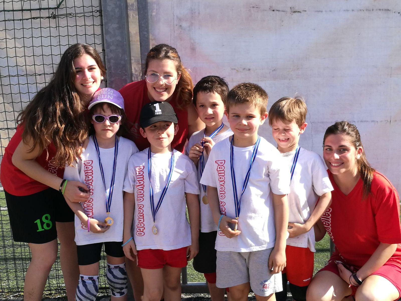 con le istruttrici Paola, Adelaide ed Eleonora.