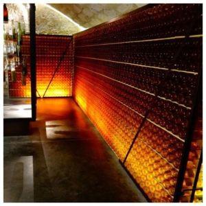 La cave du Chateau de Monbazillac et ses 7000 vieilles bouteilles de ce délicieux nectar