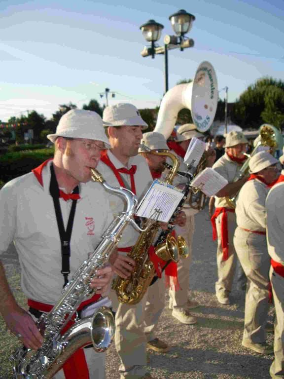 """De """"Band"""", muzikanten die inspireren vele vakantiedorp in Zuid-West Frankrijk"""