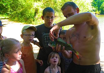 Etang de pêche camping dordogne perigord bergerac