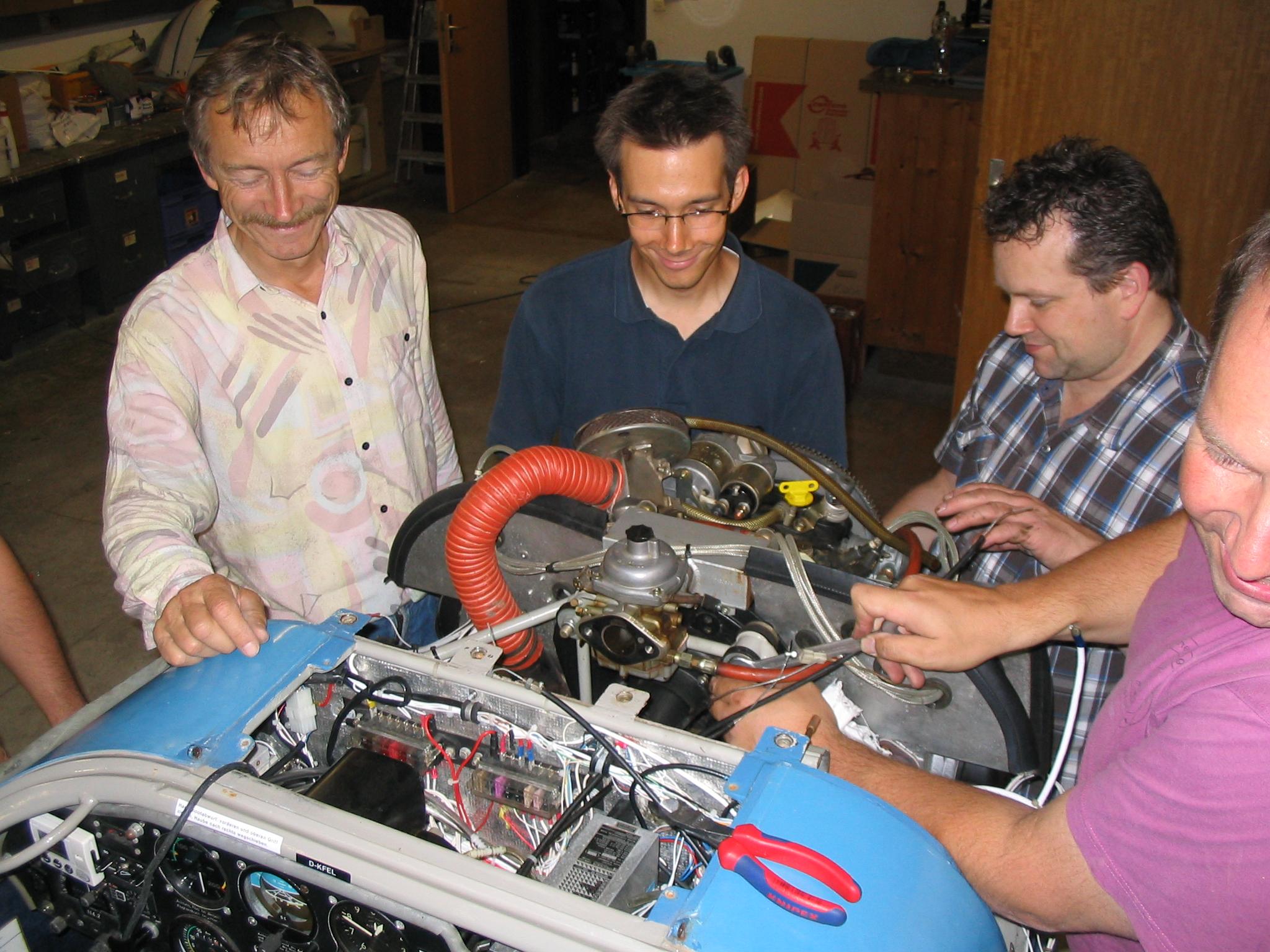 die Helfer stehen bereit (v.l. Reinhard, Stefan, Rene, Jörg)