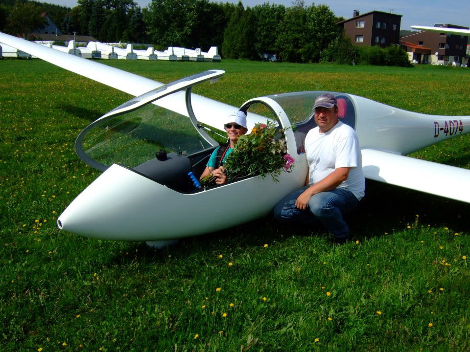 Flugschüler nach dem 1. Alleinflug