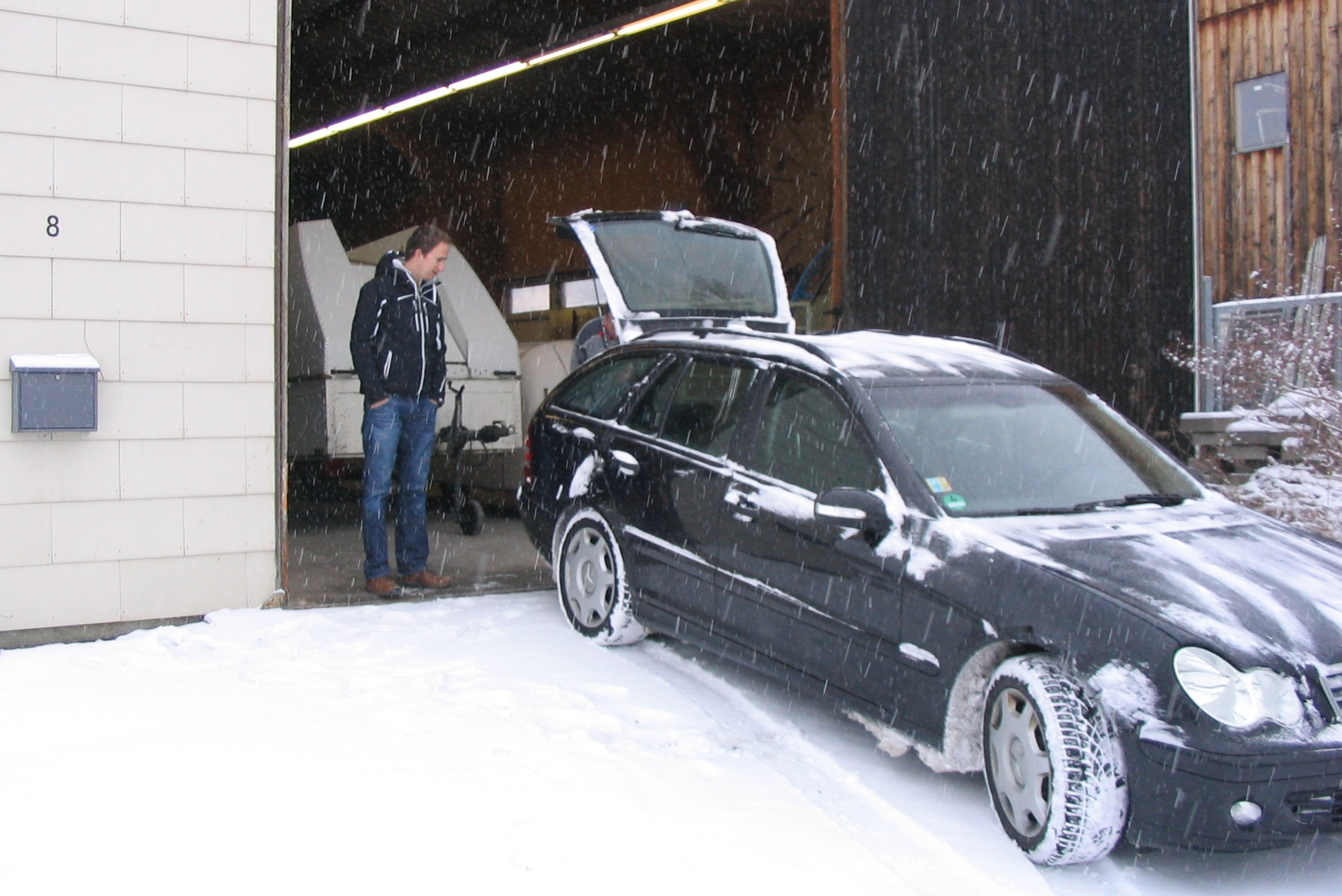 Transport des Rumpfes nach Heubach bei Eis und Schnee
