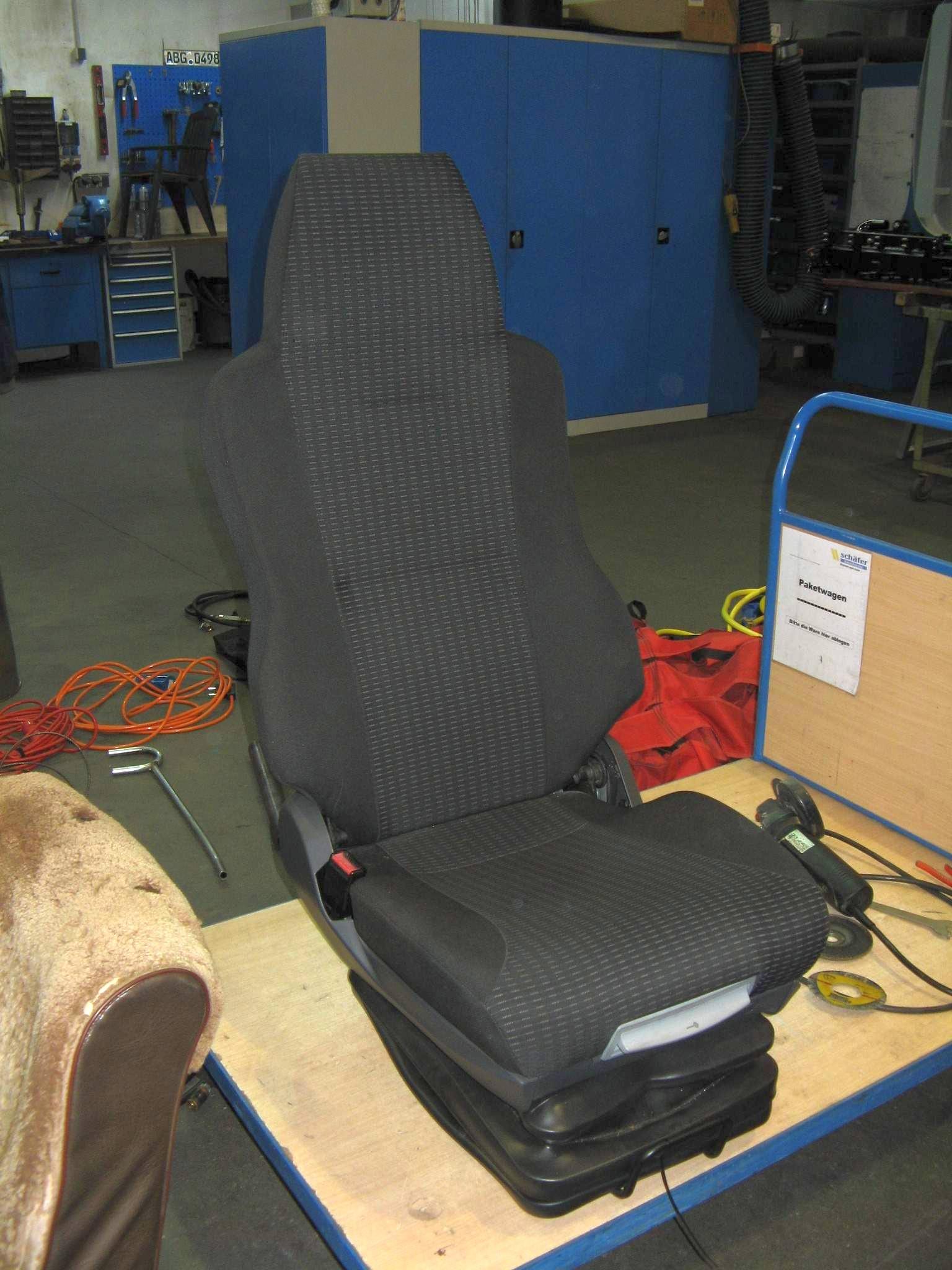 komfortabler LKW-Sitz - fertig zum Einbau