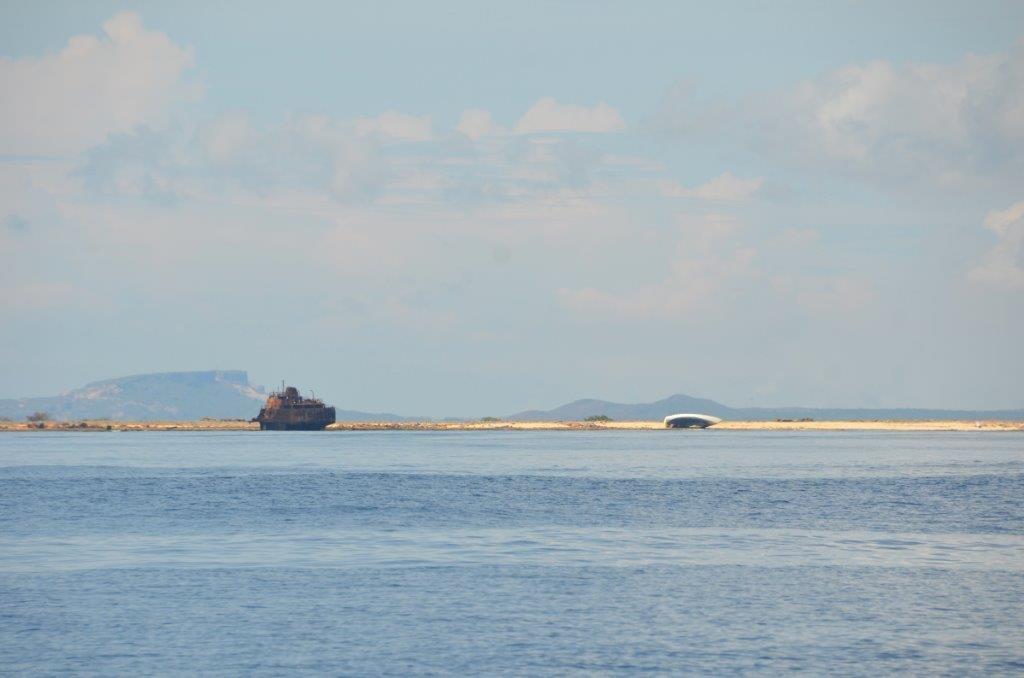 Klein-Curacao, Ostkueste mit Schiffwracks