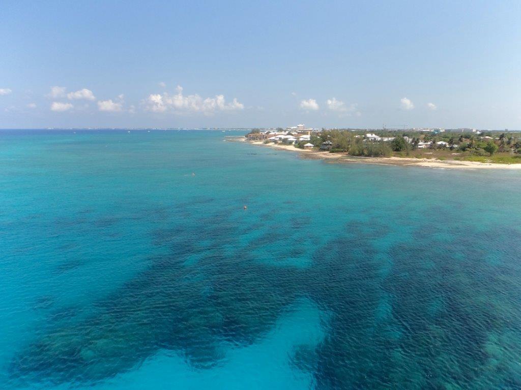 Grand Cayman aus der Mastperspektive